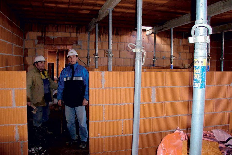 Podopretie keramického stropu