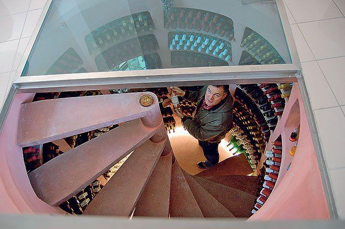 Aká má byť správna vínna pivnica