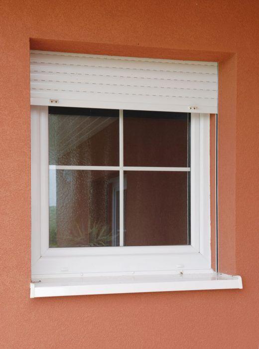 Vonkajšie rolety môžu okrem ochrany pred slnkom veľmi účinne zabrániť únikom tepla v chladnom období.