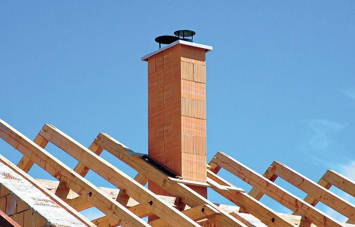 Moderný viacvrstvový tehlový komín