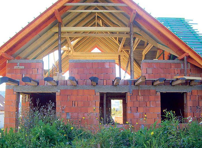 Stavba svojpomocne – ako to niekedy vyzerá