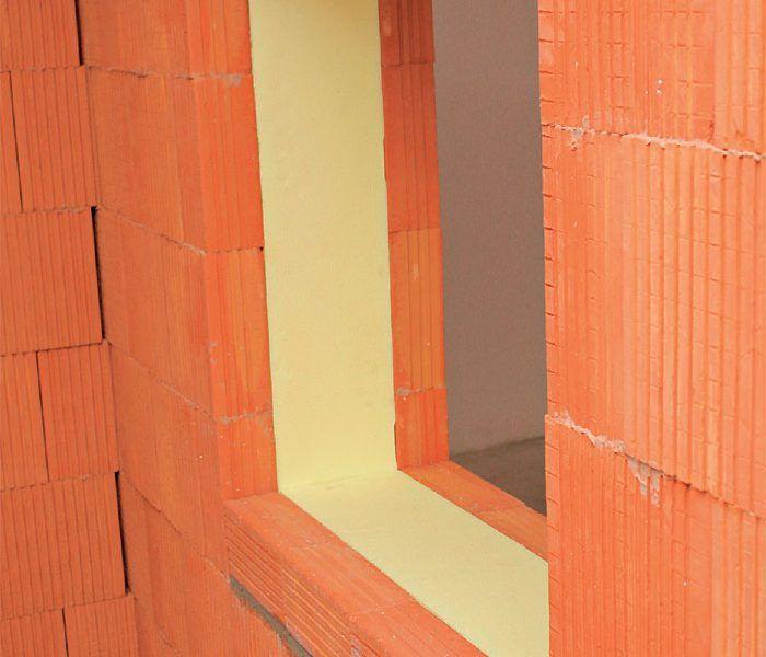 Detail okenného otvoru