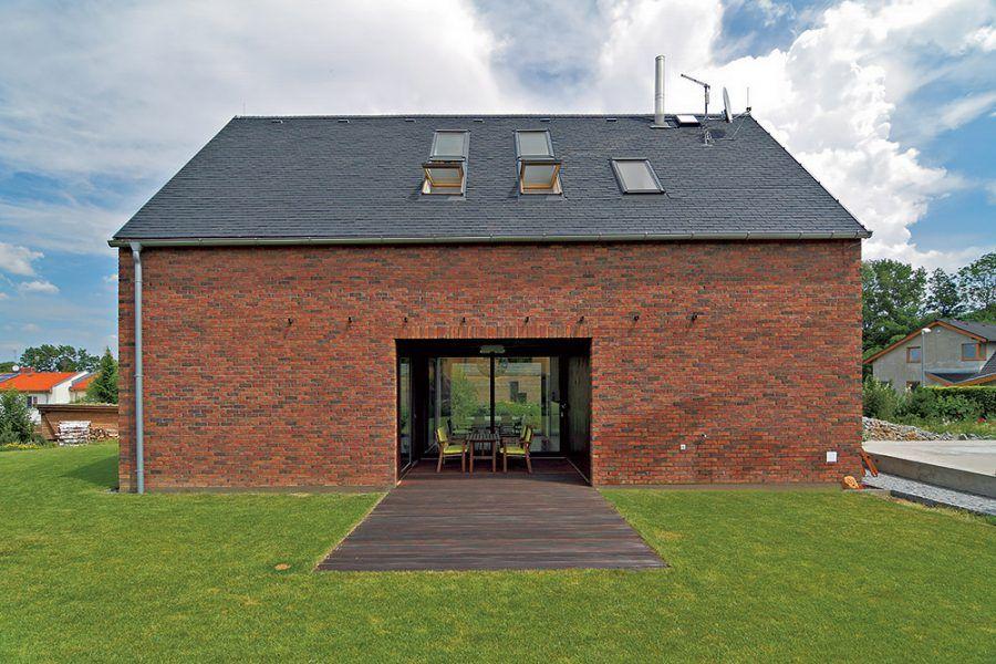 Archetypálny a tehlový dom