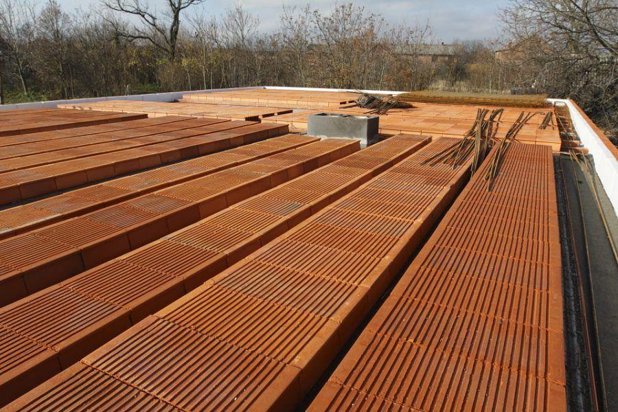 Keramické stropy – časť 2. Ukladanie stropných vložiek