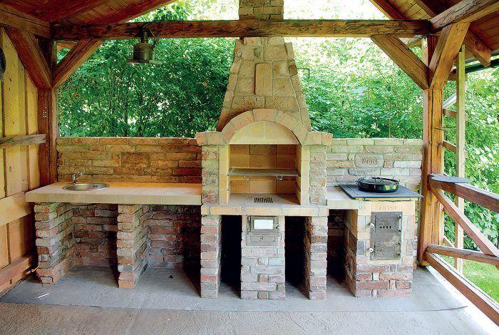 Stavba záhradného kozuba