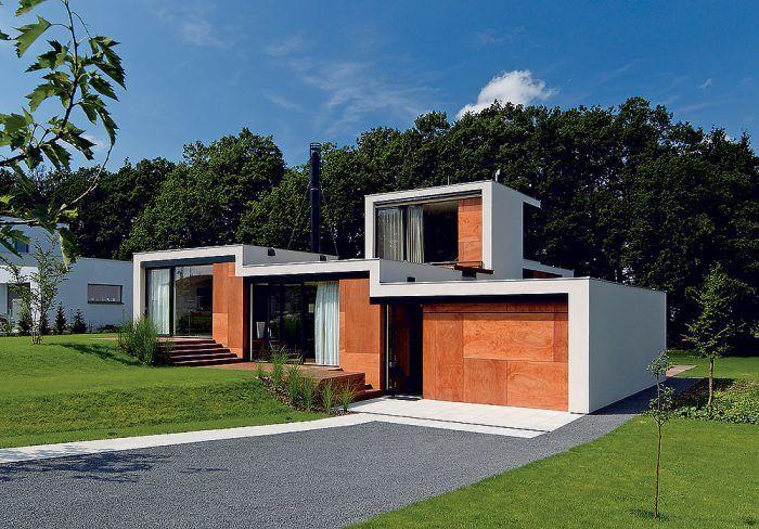 Terasovitý tehlový dom átriového typu