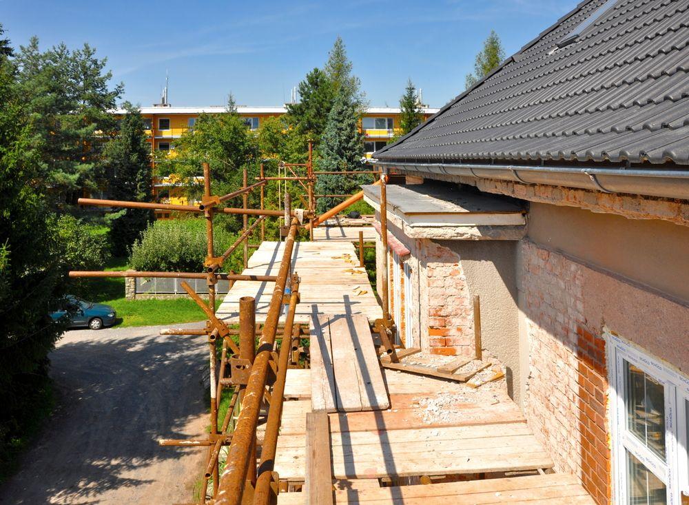 Rekonštrukcia starého tehlového domu
