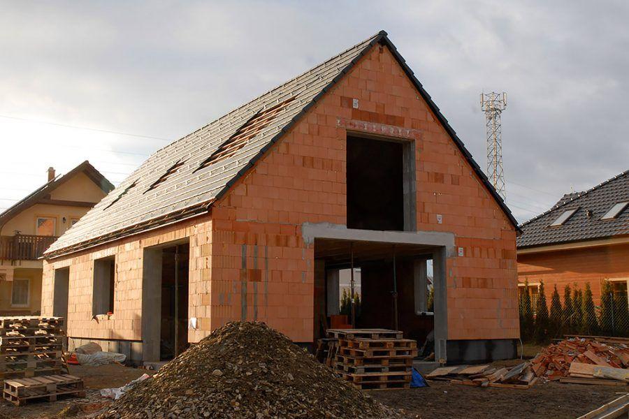rodinný dom z tehly - stavba