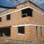Pasívny rodinný tehlový dom - stavba