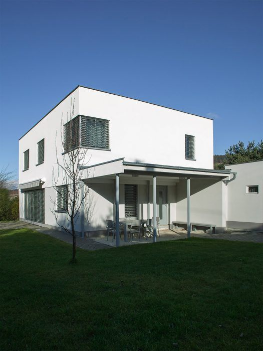 Pasívny tehlový dom jeden a pol roka od zahájenia stavby.