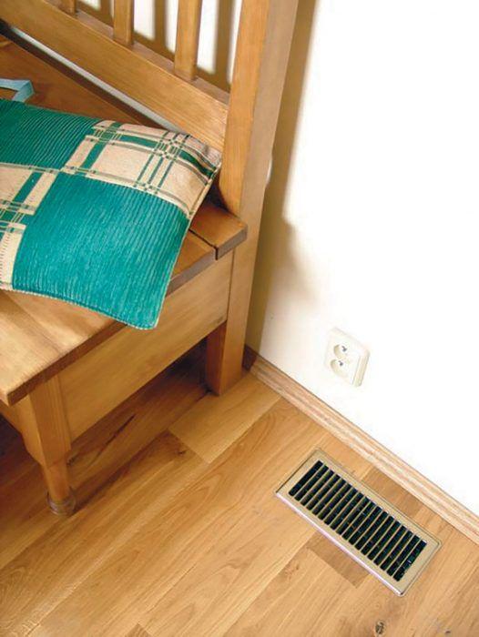 Vyústky na prívod vetracieho vzduchu sa môžu umiestniť do podlahy, do stropu alebo do steny – to záleží na zvolenom systéme a spôsobe vedenia rozvodov.