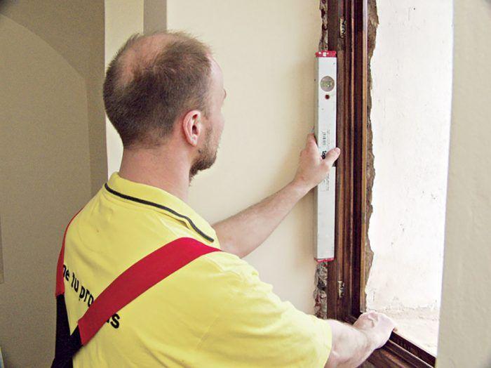 Výmenu okna zvládne aj zručnejší domáci majster.