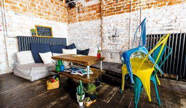 Industriálny dizajn kaviarne Urban House