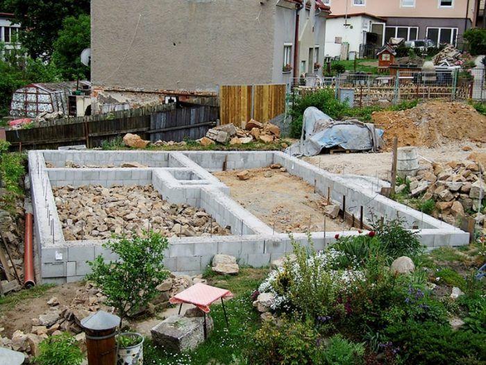 Vraví sa, že štartom stavby sú základy. No oveľa viac manuálnej práce je ukrytej pod nimi.