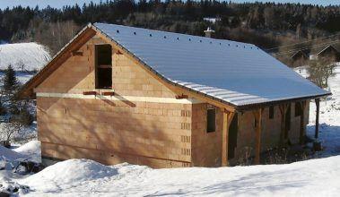 Dom so spotrebou tepla nižšou, ako má rýchlovarná kanvica