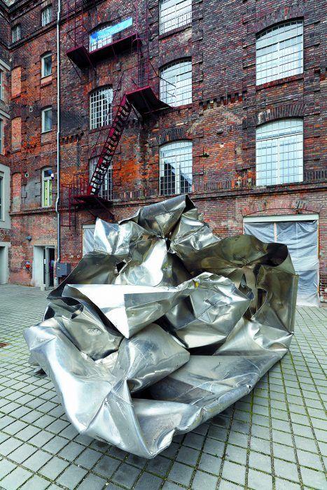 Súčasné umenie na pozadí historickej architektúry – to je princíp projektu Loft City vo Viedni.