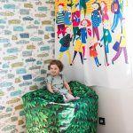 Detská izba je zatiaľ najmä priestrannou veselou herňou. Sťahovanie z detských postieľok v rodičovskej spálni drobcov ešte len čaká.