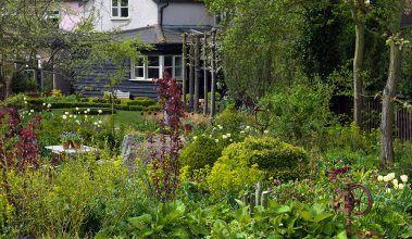 Pôvab anglickej terasovej záhrady