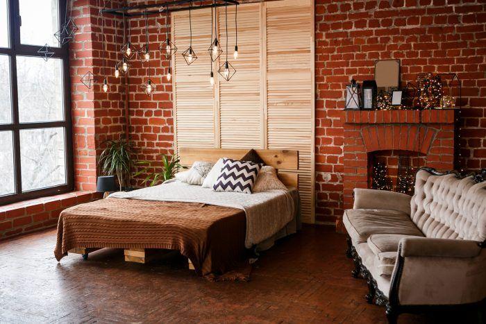 Tehla je ideálna pre tých, ktorí ju majú radi pre jej sýtu farbu. Vedzte, že takáto spálňa bude pre vás nielen miestom na spánok ale aj na odpočinok po práci. Možno bude dokonca na odpočinok vhodnejšia ako často rušná obývačka.