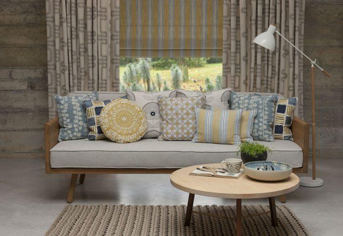 Obývačka v škandinávskom štýle lagom