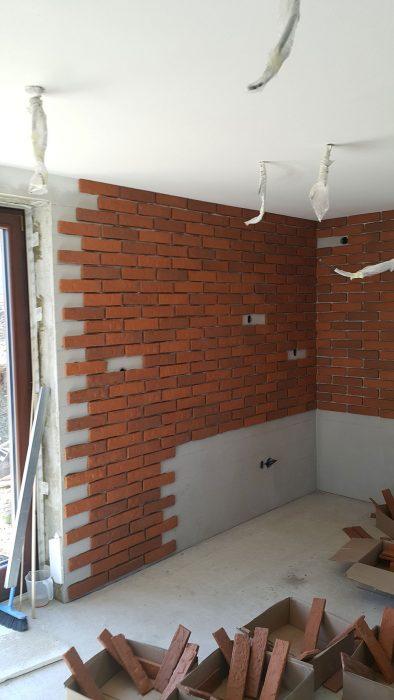 pred dokončením steny