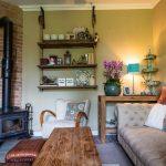 obývačka s kachlami, vintage štýl