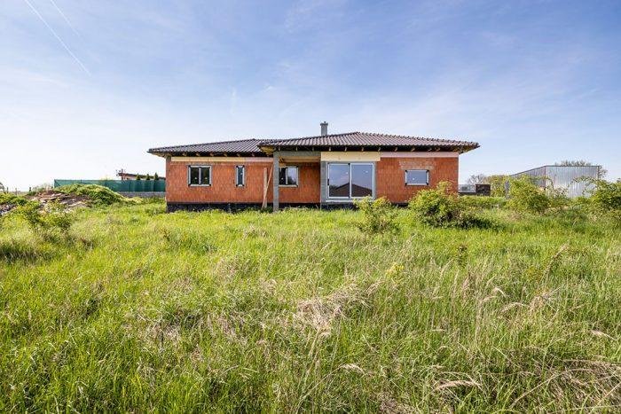 dom z diaľky