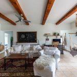 neded navšteva obývačka industriál vidiek vintage