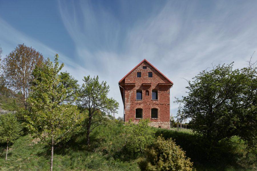 tehlový dom ORA Svitavy Sýpka